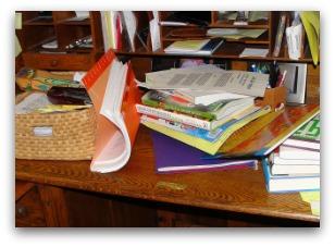 messy desk; cure for procrastination